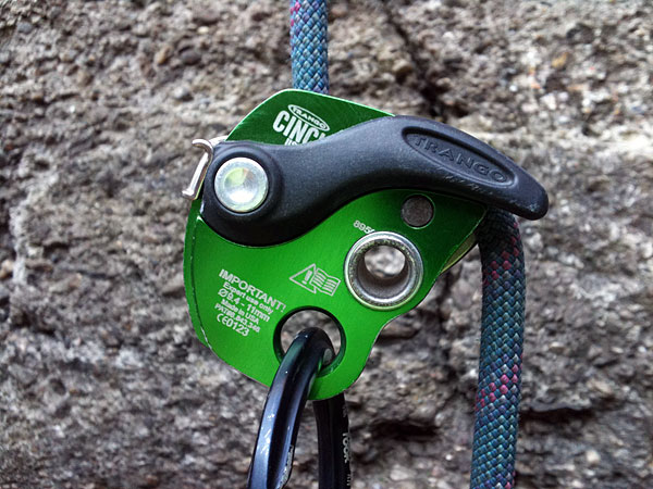 Black Diamond Klettergurt Review : Petzl selena review outdoorgearlab