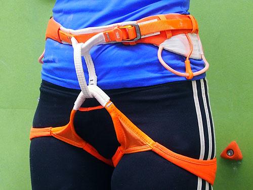 Klettergurt Größe M : Petzl sitta klettergurt ultraleichter hüftgurt zum sportklettern