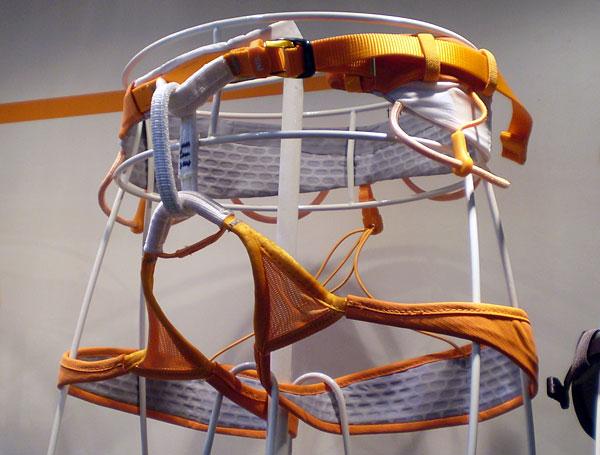 Petzl Klettergurt Sitta : Petzl sitta klettergurt orange weiß bike